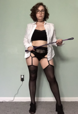 Mistress accepting online subs